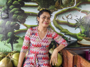 Nila, cook and restaurant owner, 250,000 a day